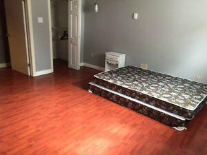 3 available rooms for rent !!!