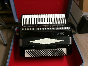 1 Titano Accordion