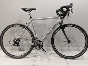 54CM Cannondale CAADX Cyclocross bike w/ Carbon Fork