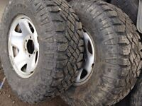 265/75/16 GOODYEAR WRANG TIRES+RIMS 90%