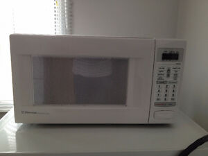 Micro Onde *** Emerson *** Microwave