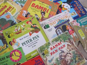 9 livres d'histoires avec disques 33 tours de Walt Disney 1970