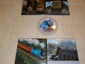 THOMAS AND FRIENDS: LOT OF  4 PLAQUE-MOUNTED POSTERS AND CLOCK