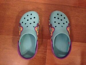 Kids Crocband lightup Butterfly Crocs - Juniors size 3 West Island Greater Montréal image 4
