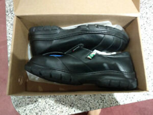 Mellow Walk Ladies Safety Shoes - BRAND NEW!!