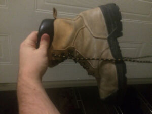 Work boot in really good shape London Ontario image 1