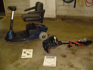 Electric Scooter w/ Scooter lift for vehicle