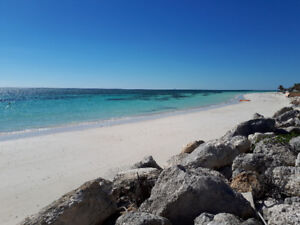 APRIL 28-MAY 8  OCEANFRONT CONDO ON A GORGEOUS WHITE SAND BEACH