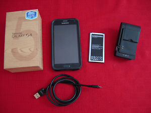 SAMSUNG S5 Copy, 2-pc batteries, Universal Battery charger, etc