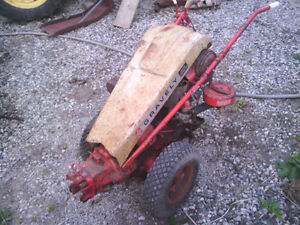 Gravely Custom Convertible Walk Tractor