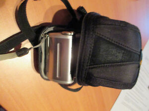Canon PowerShot camera includes case Kitchener / Waterloo Kitchener Area image 6