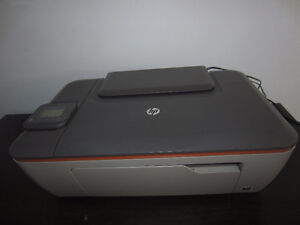 Imprimante couleur HP Deskjet 3512