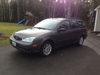 2005 Ford Focus ZXW Wagon, Leather, Sunroof, plates and MVI