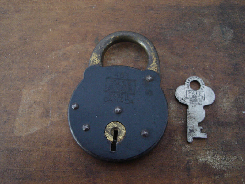yale and towne lock identification