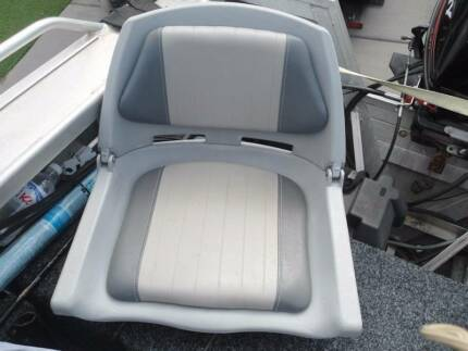swivell boat seats
