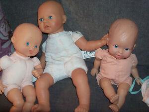 3 bebes avec vetements