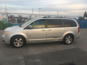 2009 Dodge Grand Caravan Dvd Minivan, Van
