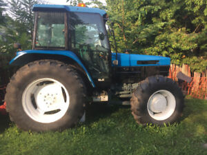New Holland 6640 SLE 3900hrs