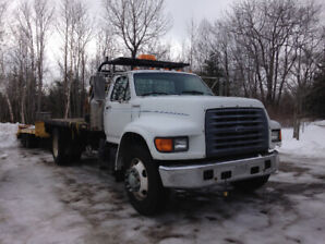 1999 Ford F-800 deck truck for sale