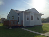 AFFORDABLE Living by the lake! Year Round Home/Cottage