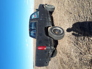 1995 lifted gmc shortbox 4x4 manual transmission