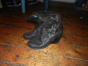 Various ladies footwear for sale! St. John's Newfoundland image 6