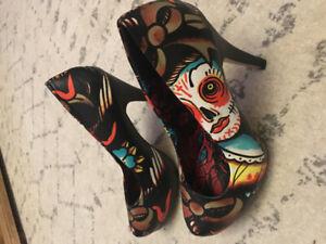 Jessica Simpson platform high heels