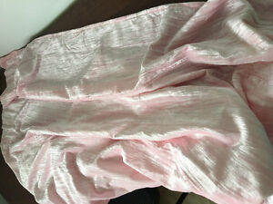 Set of 2 pink panel curtains