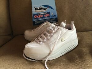 Women's Sketchers Shape up runners *brand new