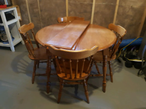 Solid Wood Dining Set c/w 2 Leafs
