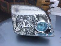 Nissan X Trail Xenon headlight