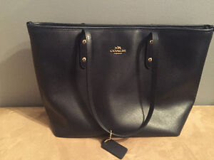 Coach purse - Navy Blue Windsor Region Ontario image 1