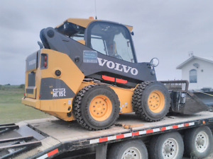 2014 Volvo skidsteer and attachments LESS THAN 1200 hours