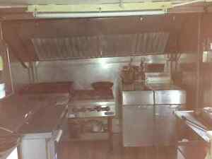 Food Trailer, superb condition. Has all appliances + soft serve London Ontario image 8