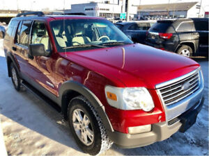 Mint Explorer XLT 4X4, only $5,850 !! EASY TERMS !! oac