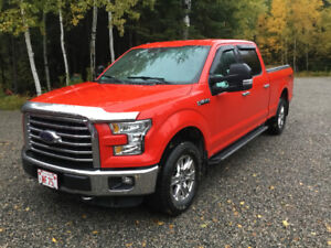 2015 Ford F150 XLT Supercrew 4X4 boite 6.5 pieds 5.0L