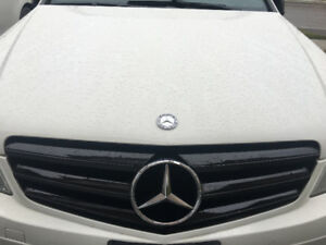 Mercedes Black Grill for C-Class w204
