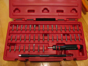 MAC Tools 42 pc. Mac-Gip Ratcheting 1/8 Hex # SBDR42SA