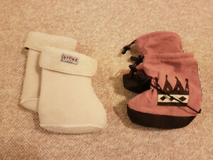 Stonz booties with sherpa liners, size Large, pink/mauve