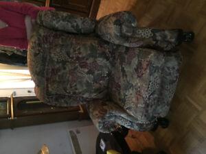Divan 3 places  et fauteuil 1 places