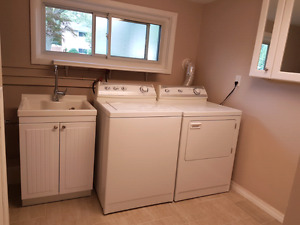 Washer and dryer only 700$
