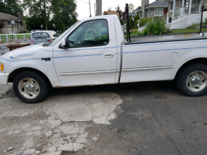 Camionnette Ford f150 1999