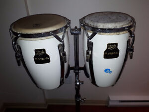 2 mini Congas (conguitas) + Support/trépied