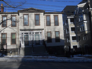 VERY LARGE 3 BDRM FLAT, SOUTH ST., DOWNTOWN HFX