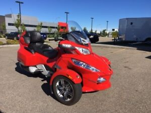 2011 Can-Am Spyder Roadster RT-S