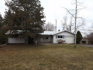 Perfect for the retiree!  99 Aragon Road, 3 bedrooms, 1.5 baths!