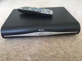 SKY PLUS HD Wireless box with remote