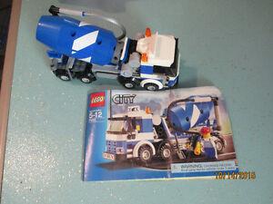 LEGO City 7990 Transport Cement Mixer Construction - Complete