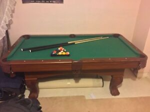 Excellent pool table for sale