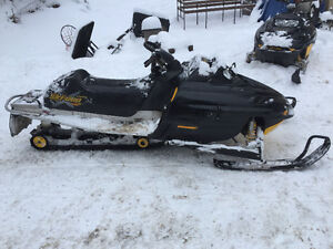 2 Summit 800 Sleds - need gone